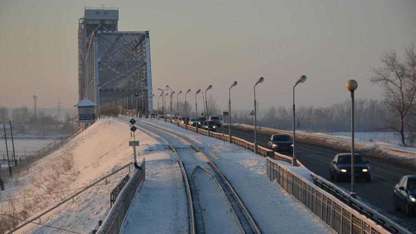 Железнодорожный мост в Архангельске