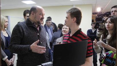 У молодых активистов была возможность лично пообщаться с губернатором