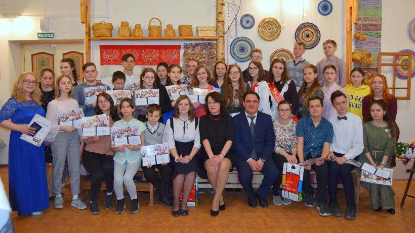 Детская школа народных ремесел известна в нашем регионе как школа Бурчевского