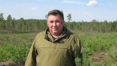 Михаил Бунтин: «Посмотрите, какие замечательные деревья, кустарники и цветы растут в ваших регионах. А что вы, жители, творите? В России бушуют лесные пожары, в 90 процентах случаев – по вине человека»