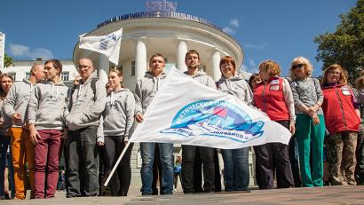 За три недели участники экспедиции прошли на научно-исследовательском судне «Профессор Молчанов» более трёх тысяч морских миль