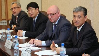 Представители корпорации «Хуадянь» на встрече с губернатором Игорем Орловым